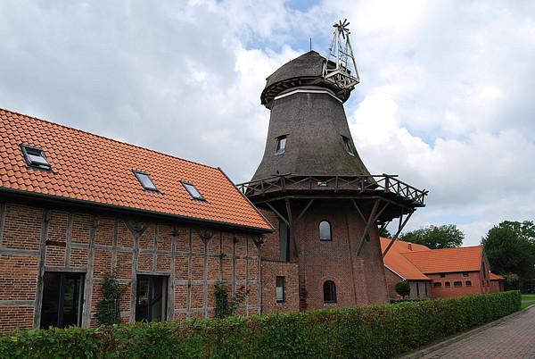 Blick auf die Mühle in Torsholt bei Westerstede